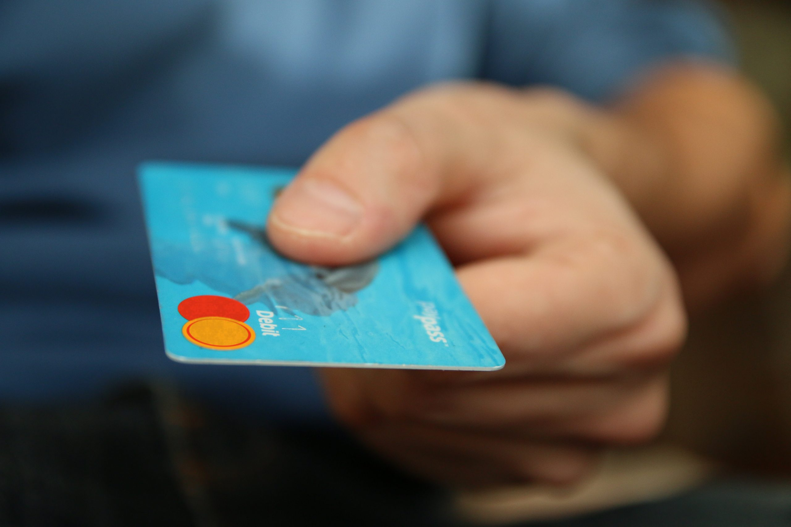 Should I Store My Credit Card Info Online?